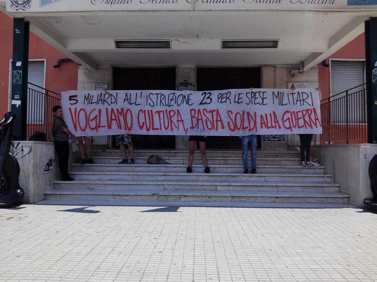 """Dalla festa della """"Repubblica"""" alla lotta contro l'occupazione militare"""
